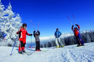 Skifahren am Wilden Kaiser ist auch für Familien erschwinglich. - Foto: Tourismusverband Wilder Kaiser