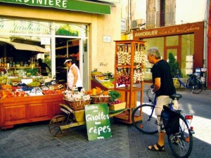 Aktivurlauber können bei einer Fahrradrundreise die Schönheiten der Provence kennenlernen; Foto: rueckenwind_reisen