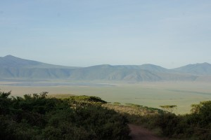 Hinab in den Krater. Foto: Kathrin Schierl