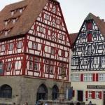 Mittelalterliche Altstadt, verwinkelte Gässchen, Türme und Fachwerkhäuser: Rothenburg ob der Tauber ist eines der bekanntesten Besucherziele in Deutschland. – Foto: Dieter Warnick
