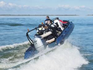 Speed mit dem RIB Boat - man fliegt fast.