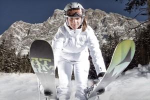 """Das große Comeback feiern Wiedereinsteiger diesen Winter in der Tiroler Zugspitz Arena mit dem neuen """"Rote-Pisten-Führerschein"""". - Foto: Tiroler Zugspitz Arena / U. Wiesmeier"""