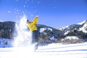 Was ein echter Golfer ist, der locht auch im Winter gerne ein.
