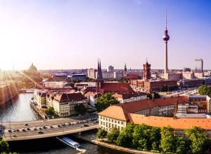 Städtereisen - etwa nach Berlin - sind beliebte Ziele für einen Kurzurlaub. Foto: travelcircus