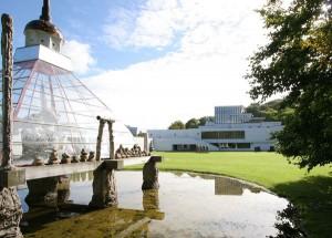 """Nach gut einjähriger Renovierung heißt das """"Kunsten – Museum of Modern Art"""" wieder Besucher willkommen"""