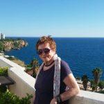 Angelika Groß lebt in der Türkei.