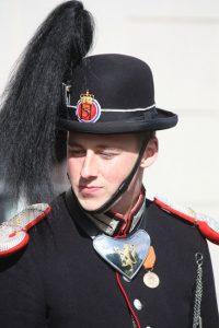 Die Hans Majestet Kongens Garde, die Leibgarde des norwegischen Königshauses (Bild: Oliver Richter)