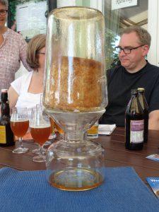 Der Graminger Eisbock ist mit 25 Prozent Alkoholgehalt eine hochprozentige Spezialität. - Foto: Dieter Warnick