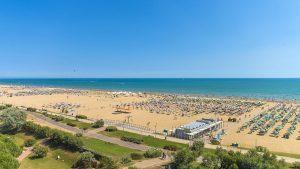 Der Strand des Hotel Montecarlo.