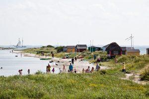 Strandhütten am Erikshale Strand am südlichen Rand von Marstal. - Foto: Kim Wyon