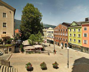 Der Untere Stadtplatz ist der Teil nördlich der Festung und war das mittelalterliche Zentrum der Stadt. - TVB Kufsteinerland