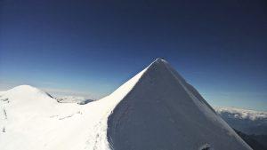 Bergsteigen ist immer mal wieder eine Gratwanderung.