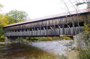 New England Ist bekannt für die vielen Covered Brigdes wie am Kancamagus Highway