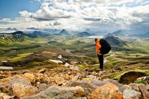 Island ist ein Eldorado zum Wandern. - Foto: David Varga / Shutterstock