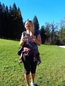 """Mit Ursula Höger, der """"Natursula"""", auf Exkursion zu gehen, ist eine kurzweilige Angelegenheit. - Foto: Dieter Warnick"""
