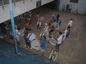 Die Trommler von Vélez vor dem Spiel.