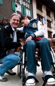 Global-Family-Gründer Karl G. Auer will Familien aus armen Verhältnissen und unheilbar kranken Kindern das Leben etwas versüßen.