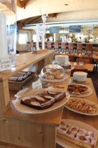 Im Haubenrestaurant Petit Tirolia sind aiuch die Süßspeisen ein Gedicht, Foto: Heiner Sieger