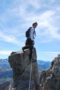 Klettern hoch über St. Anton am Arlberg. - Foto: TVB St. Anton am Arlberg