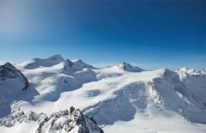 Die Wildspitze, Tirols höchster Berg, ist zum Greifen nah.
