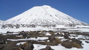 Der Mount Ngauruhoe raucht gemächlich vor sich hin. Foto: Kathrin Schierl
