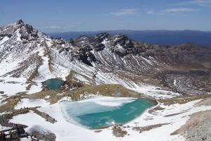 Der Abstieg zu den Emerald Lakes - im Tongariro National Park. Foto: Kathrin Schierl