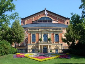 Das Festspielhaus in Bayreuth. - Foto: Bayreuth Marketing & Tourismus GmbH