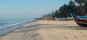 Das Erandia Marari Ayurveda Beach liegt an einem der schönsten Palmen- und Sandküsten Indiens, Foto: Erandia