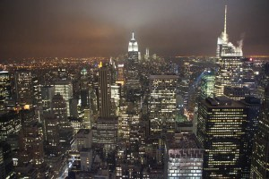 New York: Der Big Apple bei Nacht. Foto: Kathrin Schierl