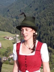 Mit-Organisatorin und Hotelierstochter Katharina Pichler hat gut lachen. - Foto: Hans-Herbert Holzamer