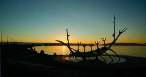 Wenn die Sonne untergeht ... Foto: visitreykjavik