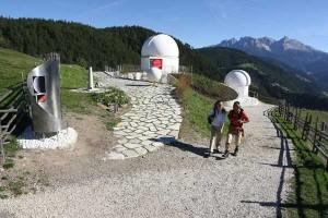 """Neben der Sternwarte """"Max Valier"""" in Gummer gibt es dort jetzt auch ein Planetarium - Foto: Tourismusverein Steinegg"""