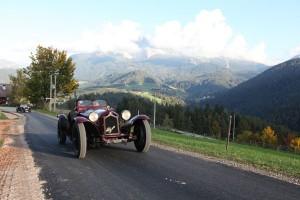 Im Oldtimer durch die Berge - ein berauschendes Erlebnis. - Foto: TV Eggental