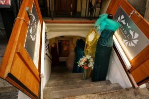 In Bern gibt es viele solcher Kellerläden.