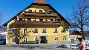 Der Löckerwirt: Landhotel, Dorfwirtshaus, Biobauernhof. - Foto: Dieter Warnick