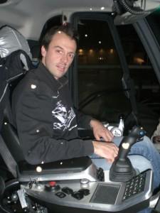 Ralf Brunel fährt im Sommer Bagger und im Winter Pistenraupe.