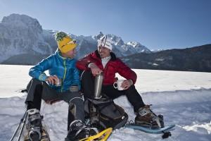 Nach einer Schneeschuhtour im Tennengau hat mach sich einen heißen Tee verdient.