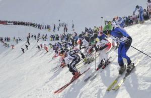 """Nach dem Startschuss gibt's kein Halten mehr bei den Teilnehmern des """"Weißen Rausch"""". - Foto: TVB St. Anton am Arlberg/Josef Mallaun"""