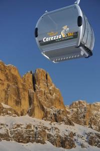 Die neue Kabinenbahn in Welschnofen bringt die Skifahrer in zehn Minuten ins Skigebiet Carezza-Karersee. - Foto: Eggental Tourismus