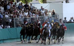Der Palio die Ferrara ist das weltweit älteste Pferderennen. Foto: APT Servizi Emilia-Romagna