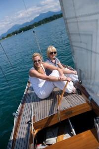 Ein Segelturn an Muttertag ist mit Sicherheit ein aufregendes Erlebnis. - Foto: Priener Tourismus GmbH