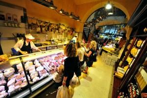 Das Shopping-Angebot in Bozen ist vielfältig. - Foto: Verkehrsamt der Stadt Bozen