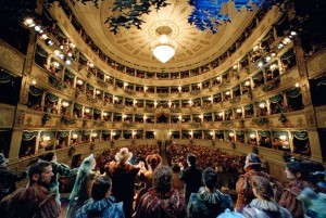 Das Teatro Alighieri ist Schauplatz zahlreicher Aufführungen. - Foto: APT Servizi Emilia-Romagna