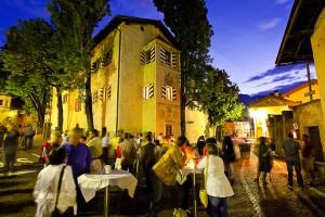 """Vom 10. Mai bis zum 7. Juni werden auf der Südtiroler Weinstraße die """"8. Südtiroler WeinstraßenWochen – Vino in Festa"""" gefeiert. - Foto: SüdtirolerWeinstrasse-allesfoto.com"""