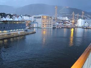 Bergen wird seinem Ruf als regenreichste Stadt in Europa gerecht.