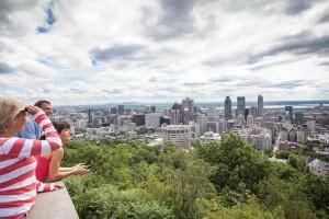 Der Mount Royal ist Namensgeber Montreals und der Hausberg der Stadt. Alleine die Aussicht lohnt den Aufstieg. Foto: Remy Scalza