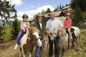 Urlaub mit Kindern ist eine tolle Erfahrung mit der ganzen Familie - wenn einige Tipps beachtet werden. - Foto: Tourismusregion Katschberg