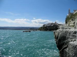 Das Örtchen Peschici ist über eine sehenswerte Küstenstraße zu erreichen.