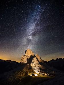 """Auf dem neu angelegten """"Wanderweg der Planeten"""" ist man den Sternen zum Greifen nah. - Foto: Cortina Turismo"""