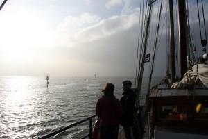 Nebel hüllt das Wattenmeer vor Terschelling in einen geheimnisvollen Schleier.